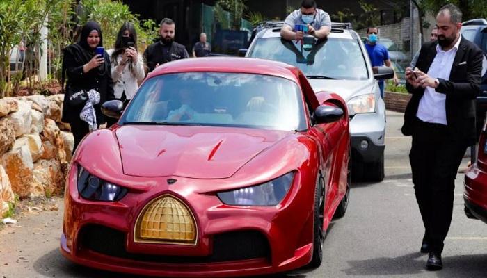 """""""القدس رايز"""" أول سيارة كهربائية في لبنان"""