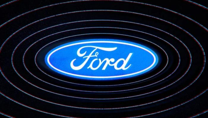 فورد تخوض تحدي تصنيع بطاريات سياراتها الكهربائية