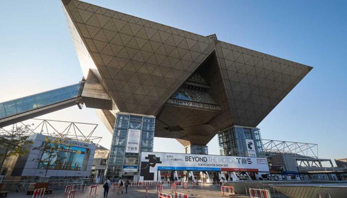 معرض طوكيو الدولي للسيارات يستسلم لـكورونا