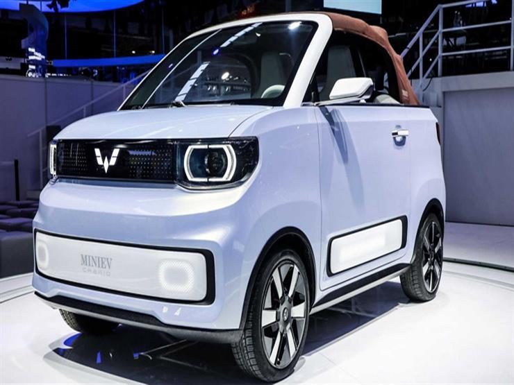 وولينج موتورز تقدم نسخة كابريو من Hong Guang Mini EV.. فيديو
