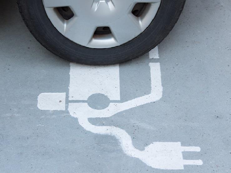 ما الفرق بين إطارات السيارات التقليدية والكهربائية