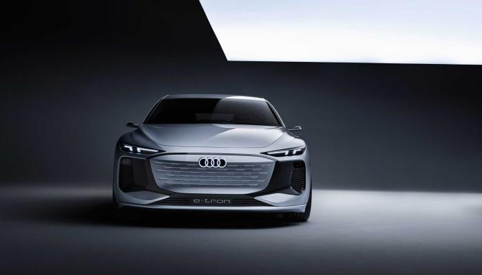 أودي تطلق العنان لصناعة السيارات الكهربائية بطراز A6 E-Tron