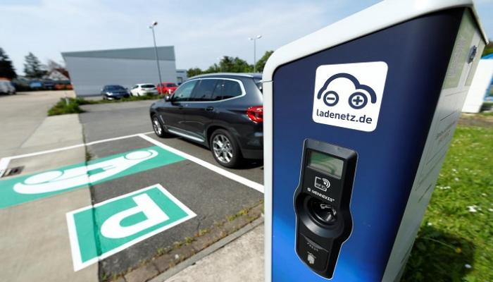 السيارات الكهربائية في خطر أزمة شواحن تضرب المبيعات