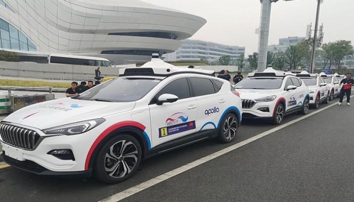 شوارع الصين تستقبل أول تاكسي ذاتي القيادة في العالم