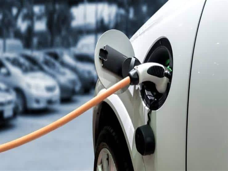 بحلول عام 2024.. جميع سيارات لامبورجيني ستعمل بمحركات كهربائ