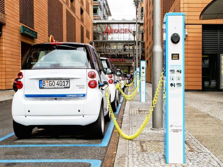 ألمانيا تغازل مواطنيها للتحول للـسيارات الكهربائية بمليار يور