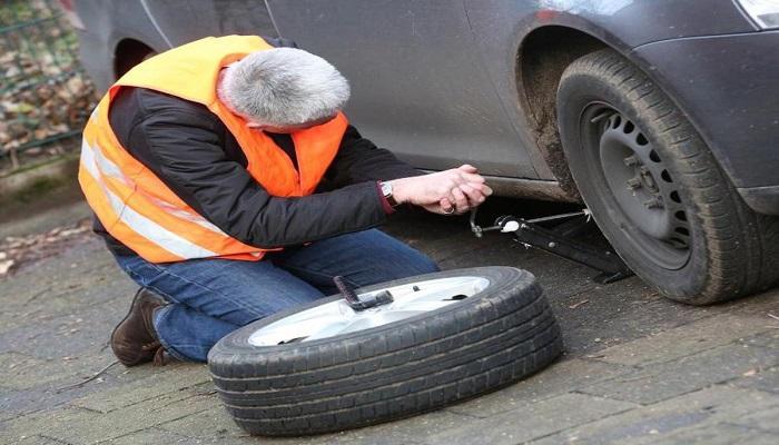 نصائح مفيدة لتغيير عجلات السيارة