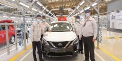 سفير اليابان بالقاهرة يزور مصنع نيسان موتور إيجيبت ويتفقد خط