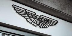 مدير فريق أستون مارتن: فيتيل تطور بشكل ملحوظ هذا الموسم