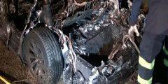 الاختبارات تبرئ سيارة شركة تيسلا التي تعرضت لحادث في الصين
