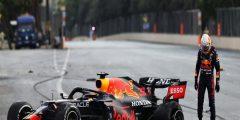 سيرخيو بيريز سائق ريد بول يفوز بسباق أذربيجان لفورمولا-1