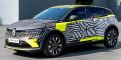 رينو ميغان أي تيك الكتريك 2022 الجديدة بالكامل – كروس هاتشباك عصرية كهربائية ثورية قادمة