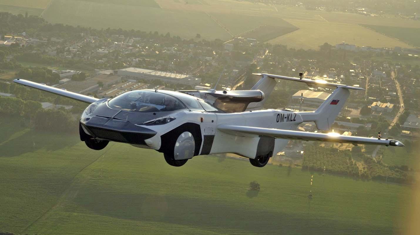 كلاين فيجين أيركار – السيارة المتحولة الى الطائرة تجري أول رحلة برية وجوية بنجاح مع محرك بي أم دبليو