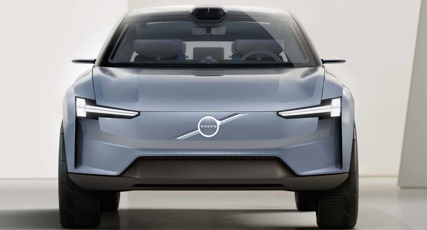 فولفو كونسيبت ريتشارج – النموذج المثالي لصناعة الأجيال الجديدة من السيارات الكهربائية بالكامل
