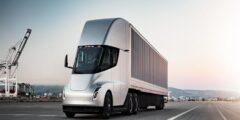 تيسلا تقترب من بدء إنتاج شاحنة شبه كهربائية بسعر يبدأ من 2.3