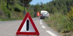 6 خطوات عليك اتباعها عند تعطل سيارتك على الطريق.. تعرف عليها
