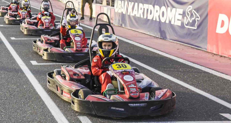 أكاديمية دبي أوتودروم للكارتينغ: بناء نجوم المستقبل في عالم رياضة السيارات