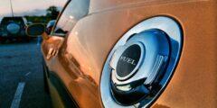 كيفية حل مشكلة رائحة البنزين بالسيارة